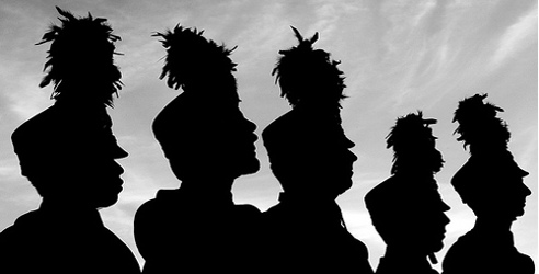 This image has an empty alt attribute; its file name is bands-silhouette.jpg